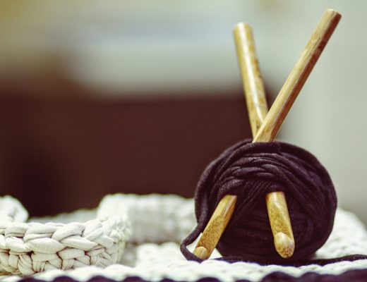crocheting-1479217_1920